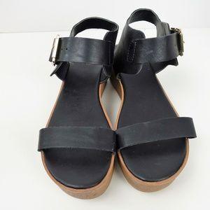 Mossimo Womens Platform Sandal  Black  w/Buckle